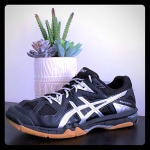Asics Womens Volleyball shoes!